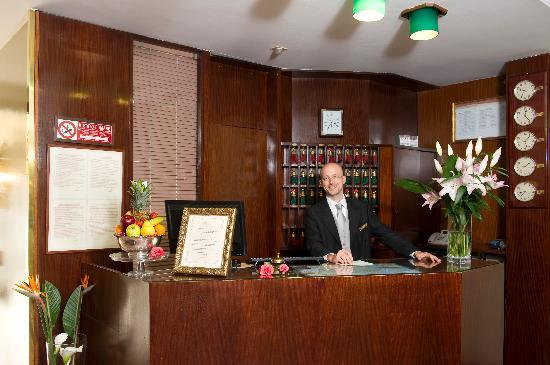 Hotel Carlton Capri : Our Concierge Desk