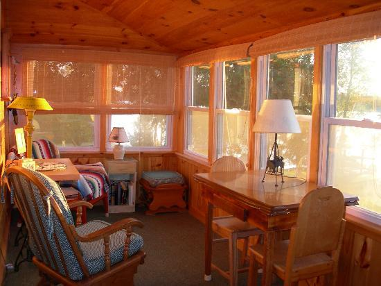 Birch Point Cabins: Porch of K2