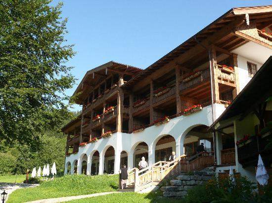 Best Western Plus Berghotel Rehlegg: Außenansicht