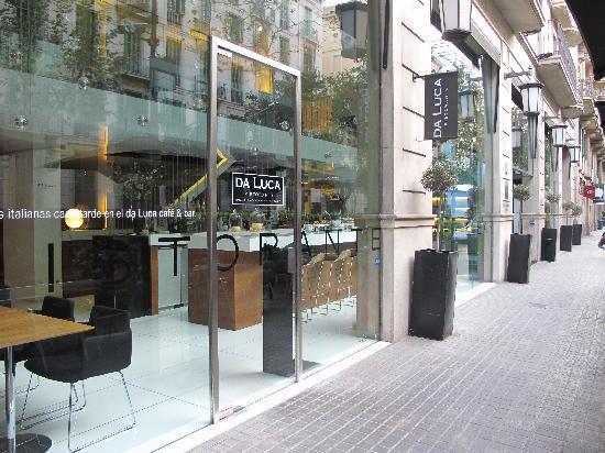 Alexandra Barcelona A DoubleTree By Hilton: Facade