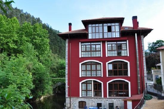 La Casa del Puente: Fachada posterior