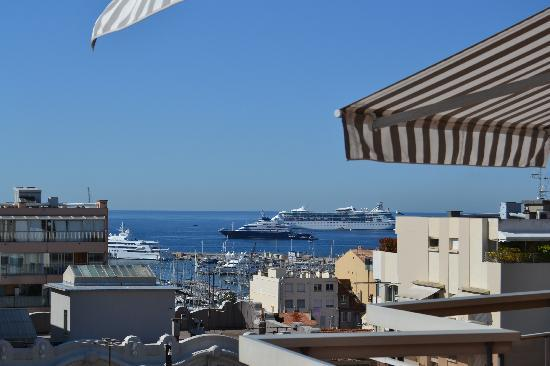 Club Maintenon: vue de la terrasse