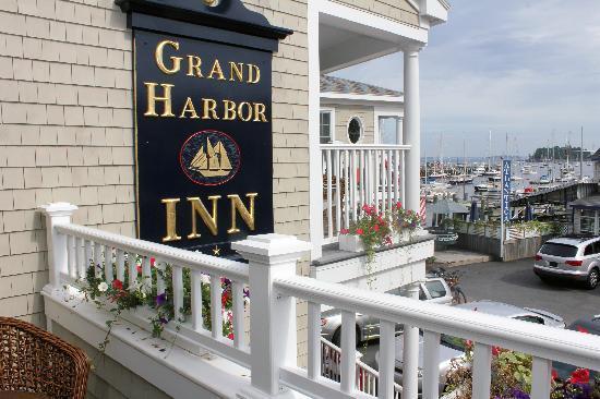 Grand Harbor Inn : Grand Suite Balcony View