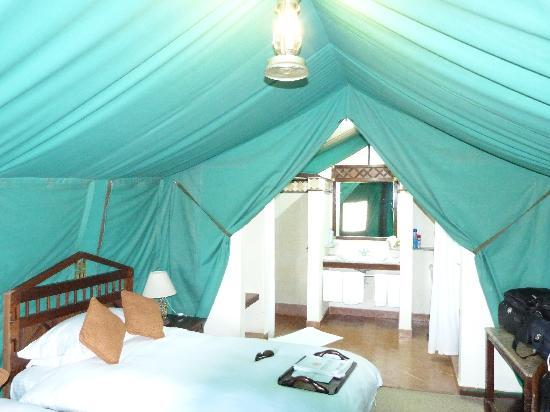 Sweetwaters Serena C& Inside the tent & Inside the tent - Picture of Sweetwaters Serena Camp Mount Kenya ...