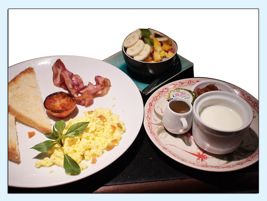 Restaurant Le Grand Cafe: english breakfast of le grand cafe