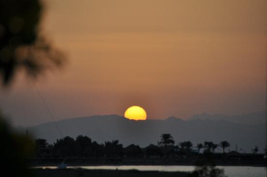 Jaz Dahabeya: sunrise