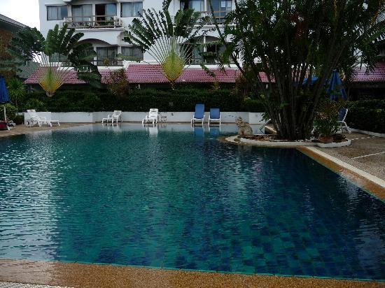 Diana-Oasis Residence Hotel/Studios & Garden Restaurant : Pool area