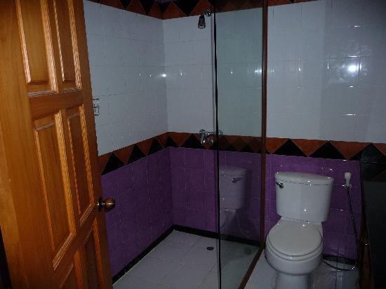 Diana-Oasis Residence Hotel/Studios & Garden Restaurant : Bathroom