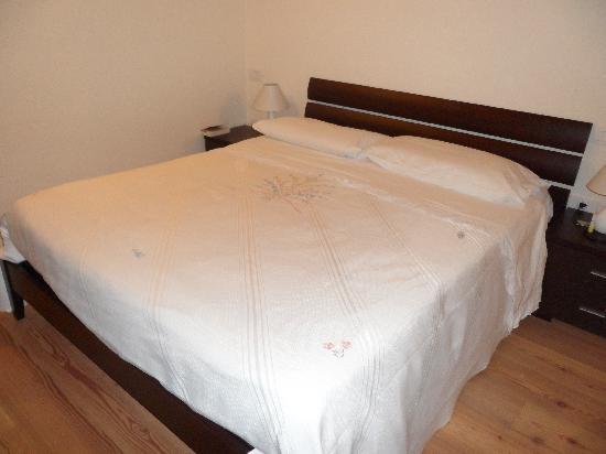 Agriturismo Pieve San Nicolo': Grand lit chambre