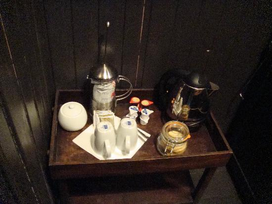 The Sun Inn: Real Coffee!! (and homemade biscuits)