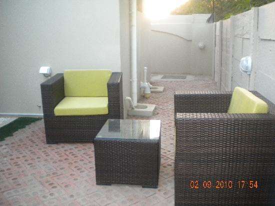 StayWell Executive Suites: One of the private gardens