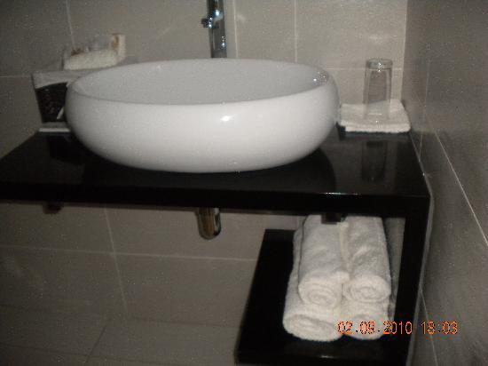 StayWell Executive Suites: magnificent basin