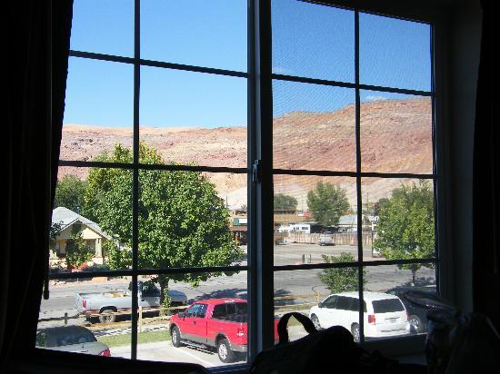 River Canyon Lodge Inn and Suites: The view from our room