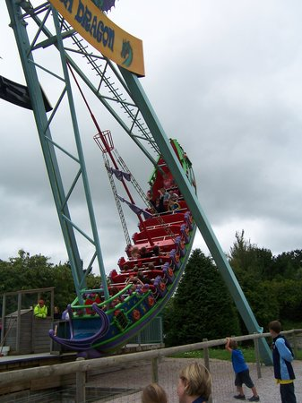 Woodlands Family Theme Park : Scary high rides