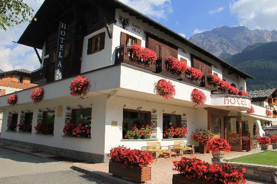 Hotel Alu: L'albergo in fiore