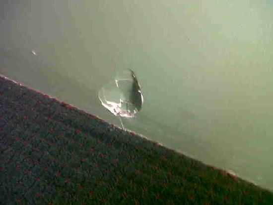 Ramada Middletown Newport Area: unfilled hole in wall. There were 2 in our room