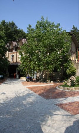 San Gregorio Magno, Italy: entrata a piedi
