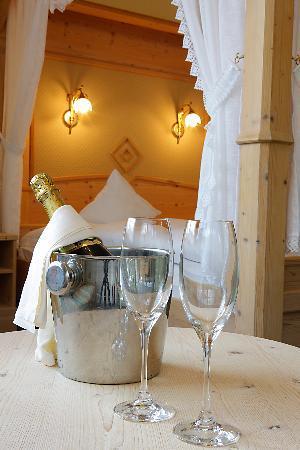 Hotel Seeber: Romantikzimmer camera romanticha