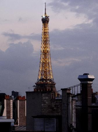 Hotel Napoleon Paris: Eiffel Tower from Terrace