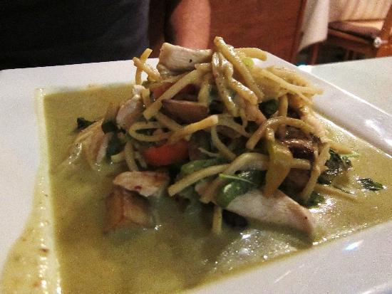 Nakorn Thai Cuisine: Green Curry