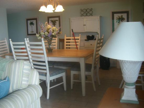 Anglers Cove: Dining Room