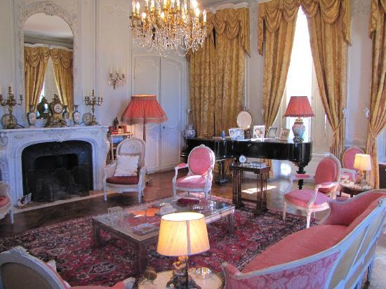 Château de Bouceel: Interior