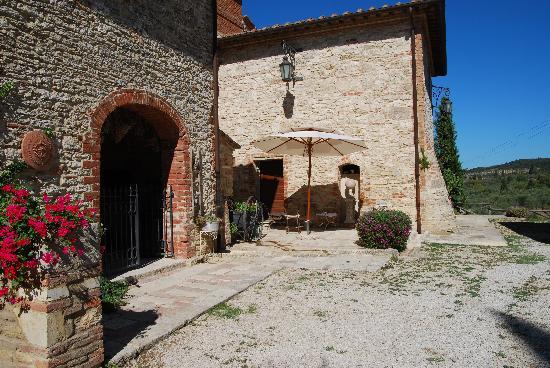 Aia Vecchia di Montalceto: Huvudbyggnaden