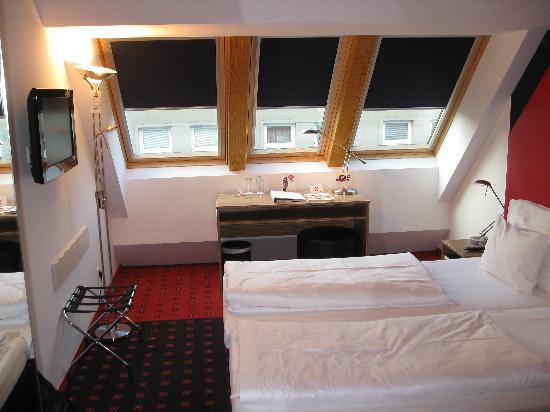Senator Hotel Vienna: Room