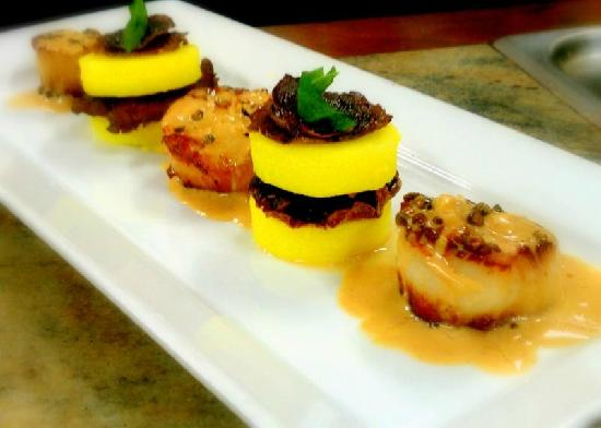 Mahogany Grille: Scallops