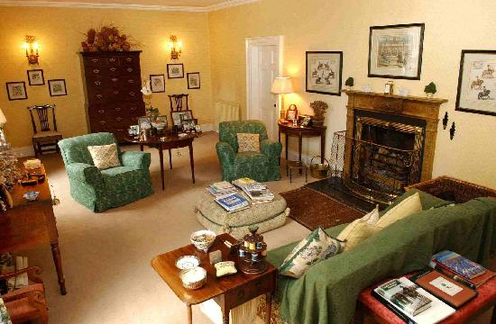 Ballymote Country House: Drawing Room