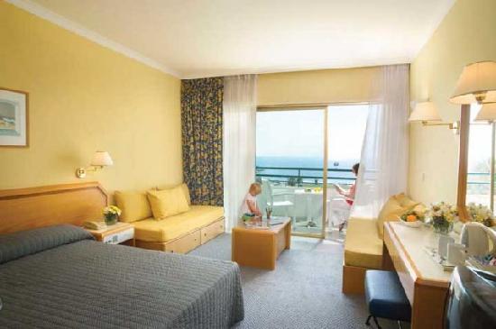 Louis Imperial Beach: Room interior