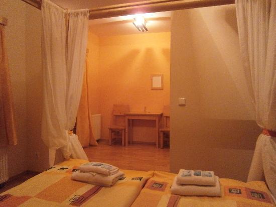 Hotel Garni Mysi Dira : deluxe bedroom #42