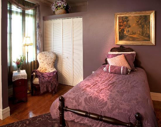Everglades Historical Bed & Breakfast with Spa: Guest Room