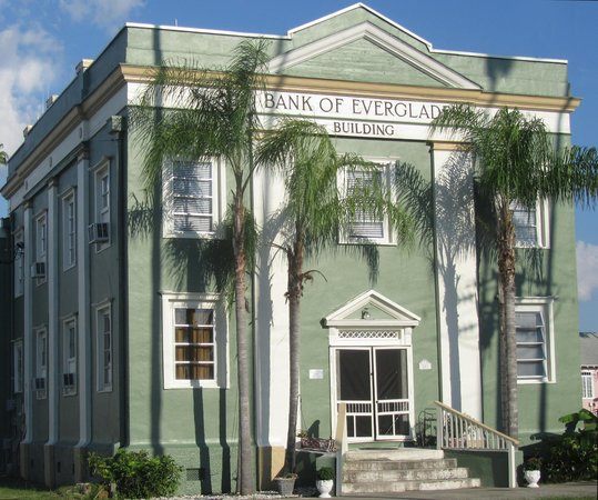 Everglades Historical Bed & Breakfast with Spa