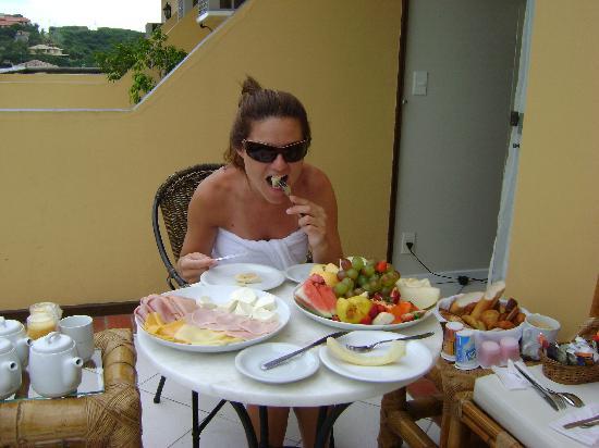 Rio Buzios Beach Hotel: Desayuno en la habitación!