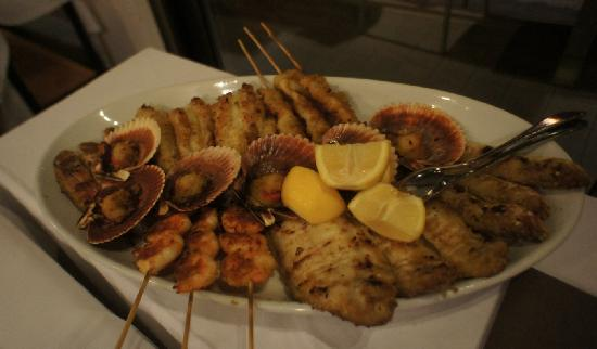 Club Nautico: one of the lightly fried seafood platters