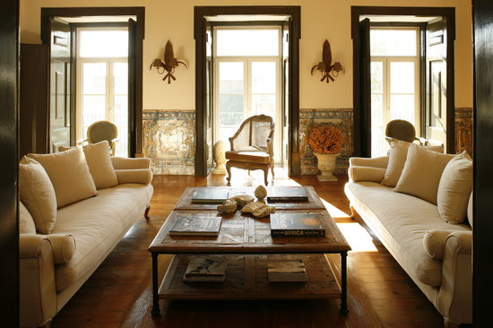 Palacio Ramalhete: Grand living room