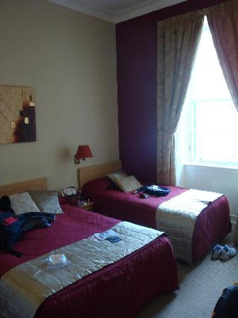 The Broughton Hotel: Our room :)
