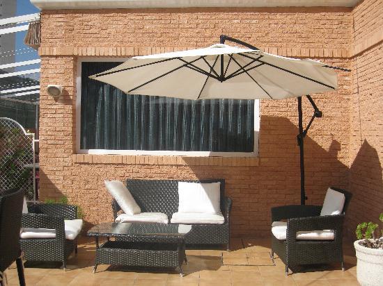 Hotel Tropic Relax: Terraza H. Tropic