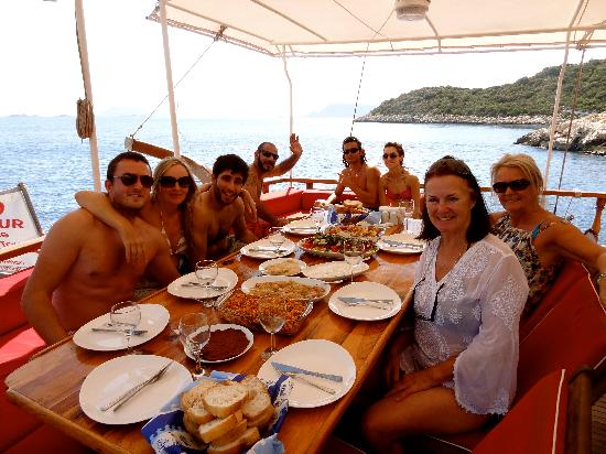 ZemZem Boat: Good times