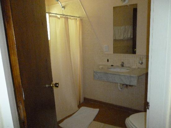 San Remo Punta Hotel : baño