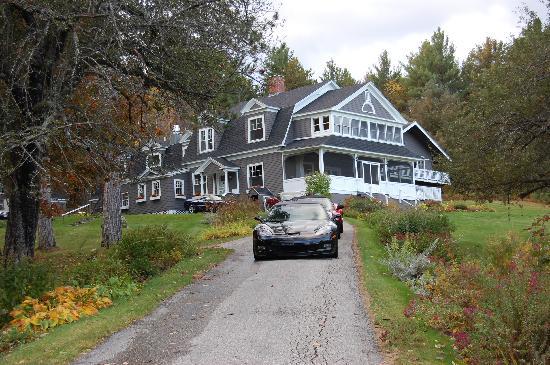 Snowvillage Inn : The Inn