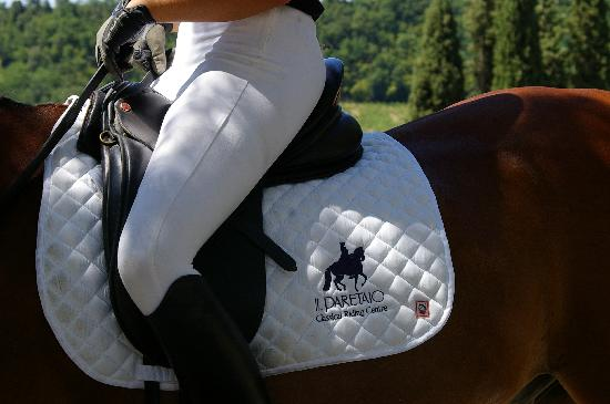 Il Paretaio: Ride Classical Dressage in Tuscany!