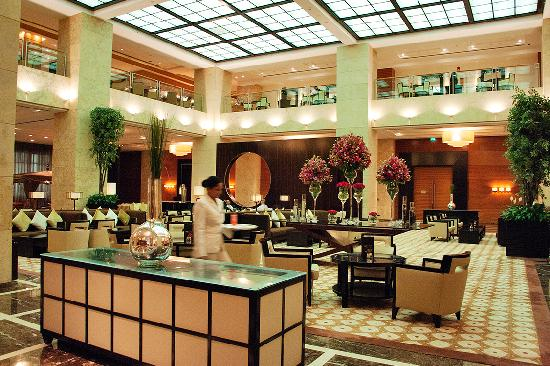 Foyer House Hotel : Tower one two picture of grosvenor house dubai
