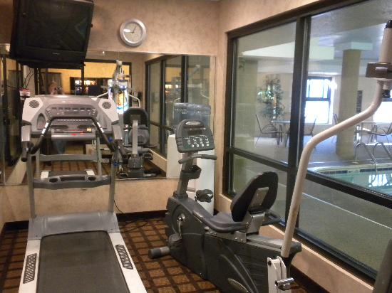 Best Western Inn & Suites - Midway Airport: Fitness Center