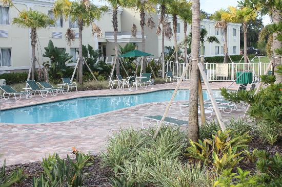 Quality Inn & Suites Near Fairgrounds Ybor City: Pool
