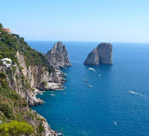 APTours Driver Tour Service: Capri