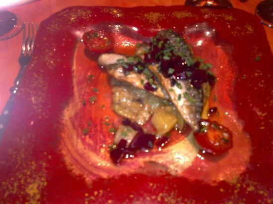 Le Vertumne : Warm mackerel salad starter