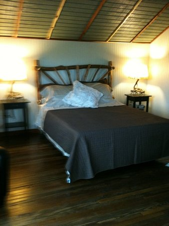 Jellystone Park Texas Wine Country Camping Resort : cabin #1