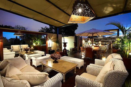The Residence Boutique Hotel: Skybar at Sunset